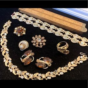 Vintage rhinestone jewelry with damage fall colors